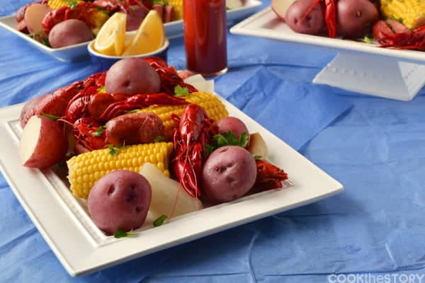 An Easy Crawfish Boil Recipe. So fun. So tasty. By @cookthestory