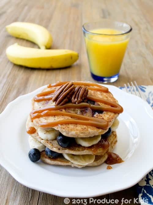 Blueberry Banana Pancakes, one of the easy and healthy breakfast recipes from @ProduceForKids