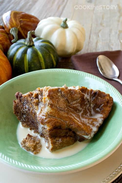 Slow Cooker Breakfast Pumpkin Bread Pudding by www.cookthestory.com