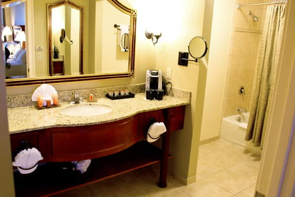 The bathroom of our Double Queen Room at the Rosen Shingle Creek Orlando Hotel