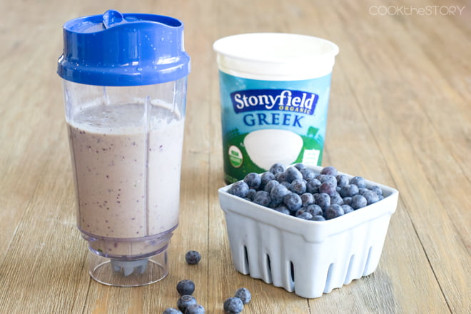 Blueberry Yogurt Smoothie