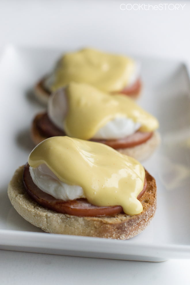 Perfect Eggs Benedict the Easy Way